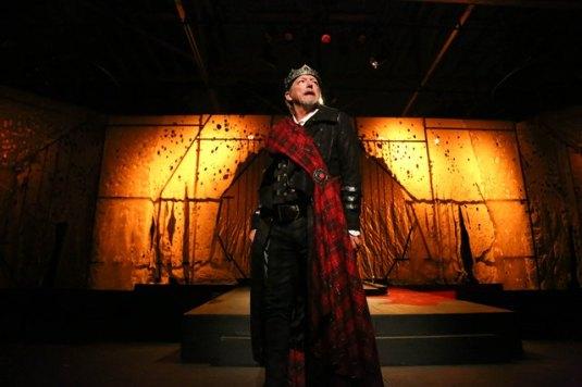 John Walcutt as the Scottish King